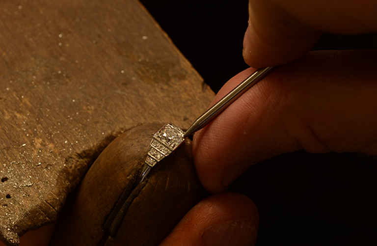 Victoria James Jewellers Craftmenship