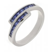 Bowie square blue sapphire crossover eternity ring